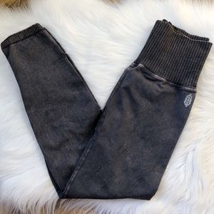 Free People Good Karma High-Rise 7/8 Leggings